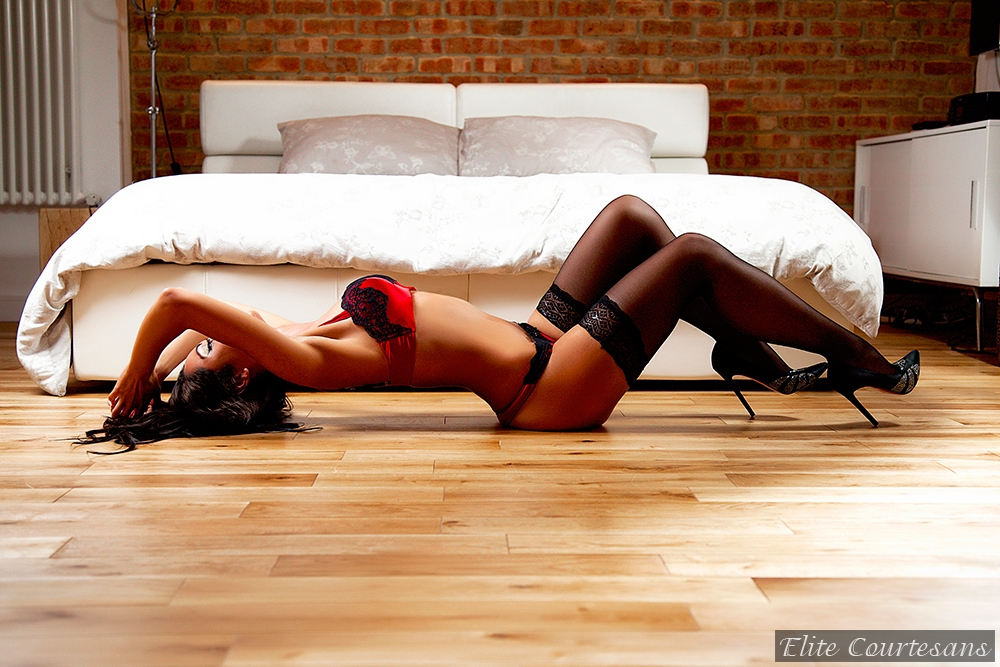 Eve showing off her slim lithe figure lying on the floor of her Reading Berkshire home.