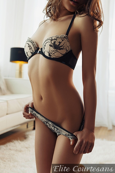 Cheltenham escort Jade showing off her tight and toned body.